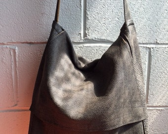 Messenger leather bag - unisex