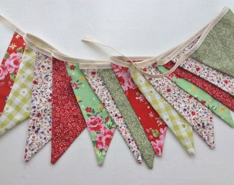 Bunting - red and green floral alternative to standard christmas bunting 10ft 3in with ties