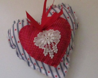 Country Heart with Venice lace Ornament,  Valentines door hanger, decorative accent