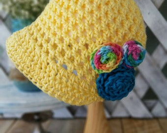 Baby girl crochet cotton sun hat•6 months to 1 year•Yellow with brim and flowers•Colorful and bright
