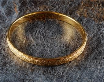 Vintage Ladies Bracelet Sigend MOnet Chunky Gold Tone Metal Jewelry