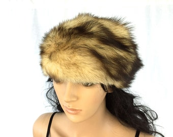 Vintage Fur Hat. Women's Winter Hats. Tan and Brown Fur. Cold Weather Wear. 1970s. Ladies Accessories.