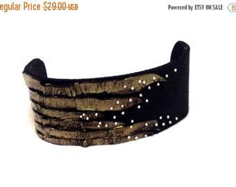 50% OFF SALE Fashion women's leather cuff bracelet. Statement leather jewelry.