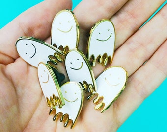 small lapel pin hard enamel ghost pin valentines day gift for her flair cute brooch pin badge backpack pin gold metal tiny white ghost pin