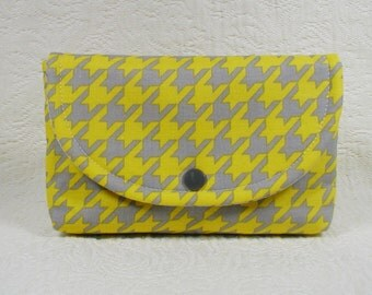 Large Snap Pouch ... Houndstooth in Gray and Yellow