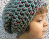 Crocheted Slouch Hat 38/15