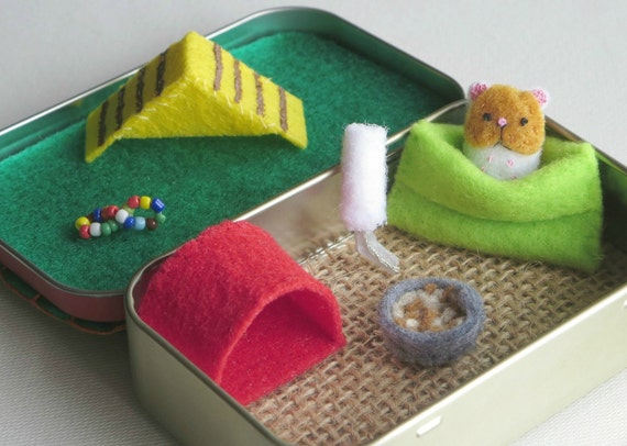 Handmade Tin Toy - Playful Hamster