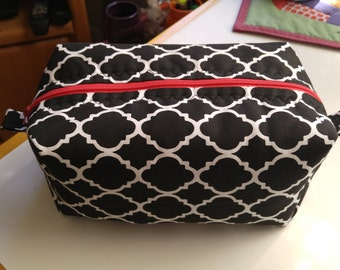 Makeup Travel Case/ Toiletry Medium Zippered Boxed Pouch/ Cosmetic Travel Case/ Black & White Lattice print/ Womens Gift Idea