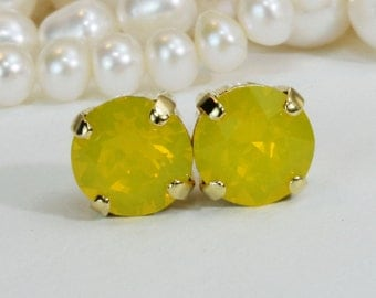 Yellow Stud Earrings Canary Yellow Earrings Yellow  Swarovski Crystal Yellow Opal Single Stone Stud Yellow Wedding Bridesmaids Gift Gold,GE1