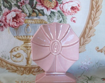 Antique McCoy Vase / Shabby Cottage Chic/Art Deco/ Pale Pink / Art Pottery /Home and Garden / Home Decor/ Pinwheel