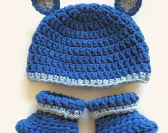 Boots and hat set, bear hat, baby bear, boys hat and booties, size 0-3 months