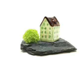Tiny Ceramic House / Miniature House / Fairy Garden/ Green House/Terrarium Accessories