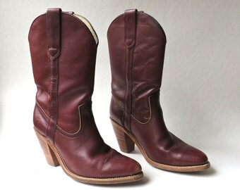 80s vintage Frye Burgundy Leather Cowboy Boots / Western Boots / Frye Cowgirl Boots / Made in the U.S.A.