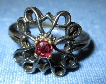 RING - Red GARNET - Antique  - ESTATE Sale  - 925 - Sterling Silver  - size 9  red 132