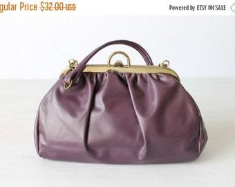 SALE Vintage Purple Vinyl Purse / 1960s Purse / Purple Handbag / Eggplant