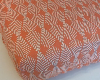 Peach and White Feather Fitted Crib Sheet