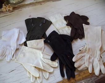 7 Pairs Vintage Gloves