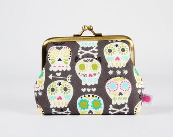 Metal frame change purse - Bone heads in grey - Deep dad / Calaveras catrinas / Lime green turquoise hot pink grey