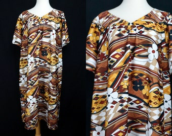 1970s Muumuu House Dress Free Size Loungewear Geometric Op Art Brown White Anthony Richards