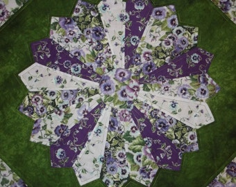 Purple Pansy Dresden Plate Quilted Table Topper