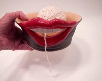 Smiling Ceramic Yarn Bowl-Ceramic Knitting bowl