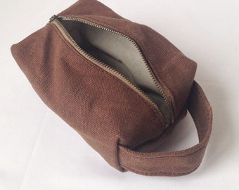Toiletry Bag Women. Waxed Canvas Dopp Kit. Mens Toiletry Bag Waterproof. Canvas Bag Waxed. Travel Bag Men. Travel Bag for Men. Mens Gift.