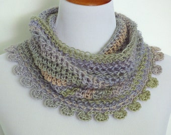 Crochet Cowl Pattern: Whiley Cowl