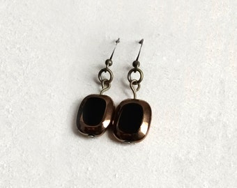 Black and Bronze Drop Earring / Classic Earring / Vintage-inspired jewelry / Antique brass and bronze-rimmed black glass / Avalon