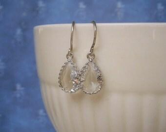 Silver Earrings, Crystal Earrings, Bridesmaid Earrings, Best Friend Birthday, Mother Gift, Sister Gift