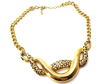Abstract Modern Signed Tortolani Gold Tone Twisting Shiny & Cutout Metal Focal Vintage Extendable Choker Necklace