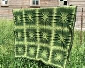 Vintage Afghan Crochet Green Sunburst Starburst Greens