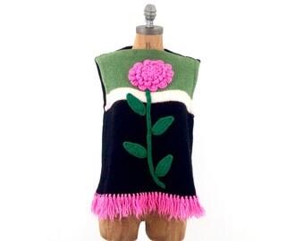 vintage hand KNIT giant PINK flower sleeveless FRINGE sweater M