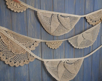Vintage Doily Bunting // Wedding Bunting // Doily Bunting // Wedding Decor // Vintage Bunting // Wedding Garland // Vintage Tea Party Decor
