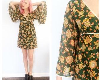 Vintage 70s Floral Mandala Kimono Mini Dress