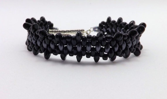 Black & Gray Beaded Bracelet Fits 6 3/4 inch wrist - Sku: BR1021