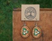 Wooden Trillium Earrings- Sustainable Wood Jewelry- Handpainted Juniper Wood Trillium Flower Earrings- Natural Wood Jewelry- Eco Earrings