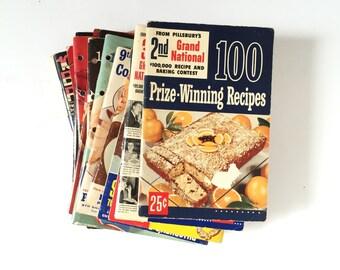 Vintage Cookbook Set Pillsbury Bake Off Recipe Booklets 1952 to 1970 / Set of 18