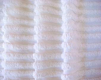 Fluffy Plush White Ribbed Vintage Cotton Chenille Bedspread Fabric 18 x 24 Inches