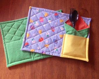 Easter Quilted Pocked Snack Mat