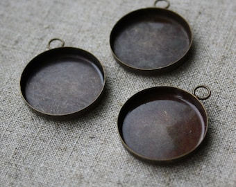 free shipping in UK - 4 pcs Antique bronze Cabochon Resin base setting