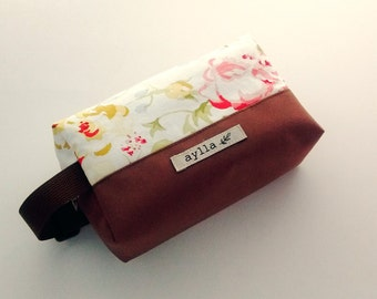 Floral Cosmetic Pouch, Makeup Bag, Canvas Cosmetic Bag, Pencil Pouch, Toiletry Bag,  Zipper Pouch, Pencil Case, Travel Zipper Bag