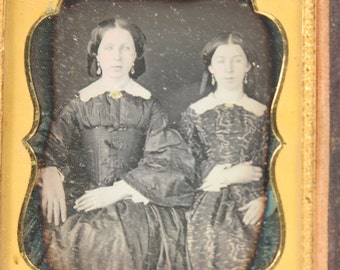 Antique Daguerreotype Victorian Photograph Mother Daughter Two Women Leather