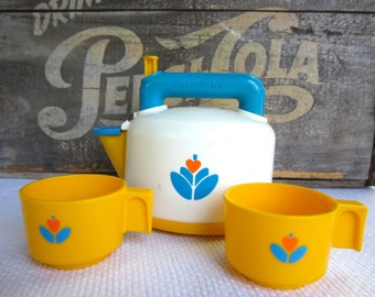 Vintage Fisher Price Whistling Tea Kettle with Cups Pretend Play