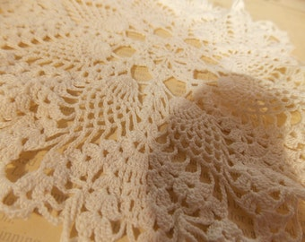 Vintage Pineapple Doily, Beautiful Hand Crocheted  Lace Table Doily, Delicate Tiny Stitches, Vintage Antique Table Dressing, Display