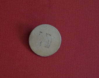 "Vintage Golden 1960s Circular ""LW"" Initial Brooch"