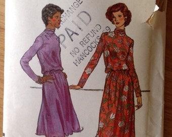 Vintage Vogue 9039 Dress - size 16