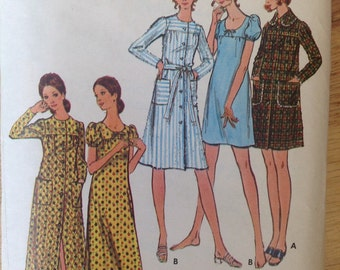 Vintage Butterick 6477 Robe and Nightgown • size 8