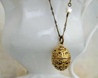 SCENT LOCKET, solid brass scent locket necklace with star charm, long chain,