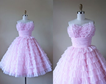 1950s Dress - Vintage 50s Dress - Pink Chiffon Tiered Ruffled Ultimate Cupcake Strapless Prom Dress S - Champagne Cake Dress