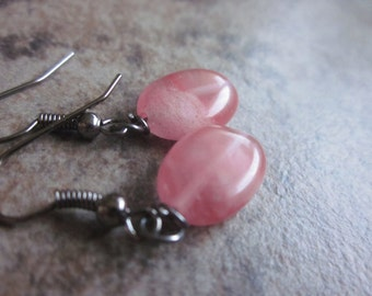 Cherry Quartz Oval earrings, Pastel Pink Crystal, Gunmetal Earrings, Simple Everyday Jewellery, Made in Canada, Hostess Gift, For Her